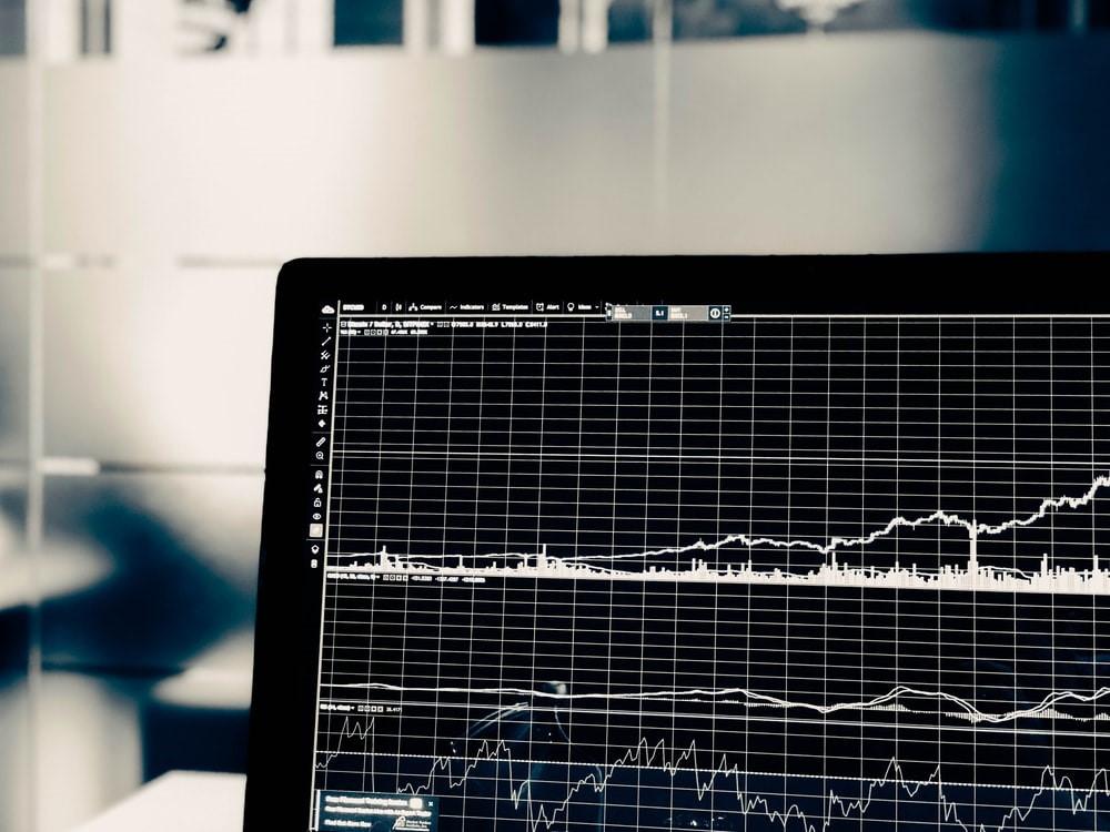 Tout investisseur averti connaît les nuances entre le trading ou la Bourse