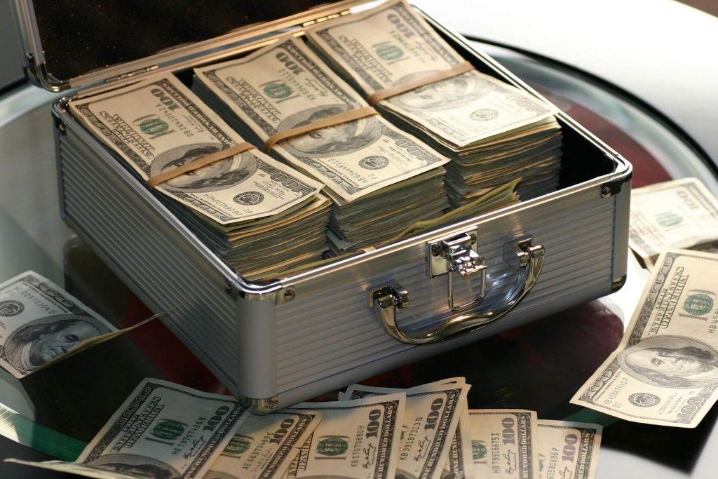 Comment gagner de l'argent facilement ? Par les niches bien sûr ! Cela ne vous dit rien ? Je vais vous partager dans cet article quelques pistes.